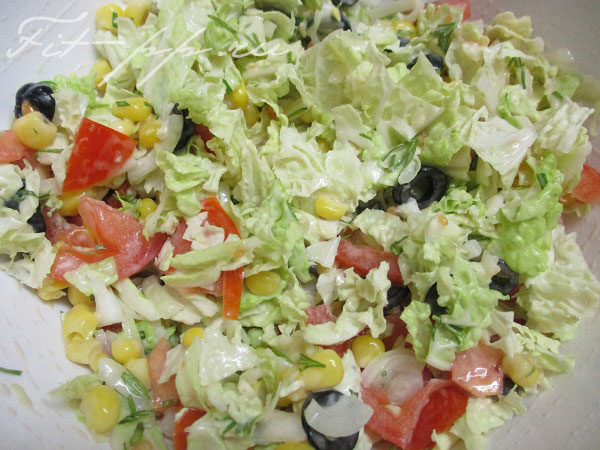 диетический салат с пекинской капустой и йогуртом