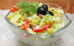 Рецепт диетического салата с пекинской капустой