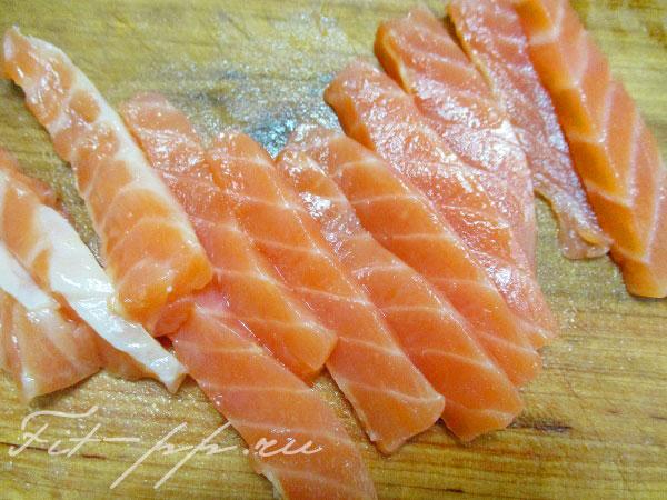 красная рыба для салата с рисом