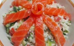 Рецепт салата с рисом и красной рыбой с пошаговыми фото