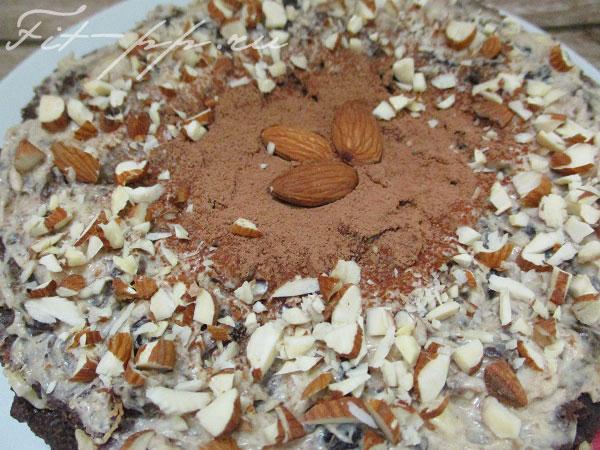 декор диетического тортика без муки и сахара