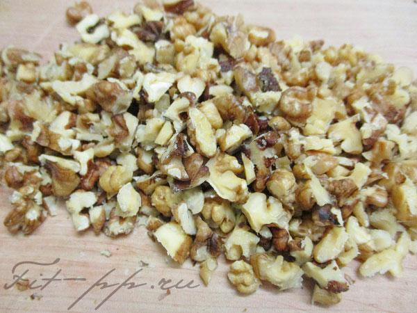орехи для салата из фасоли и помидоров