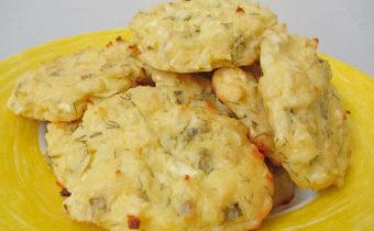 Сырники с чесноком и зеленью рецепт с фото