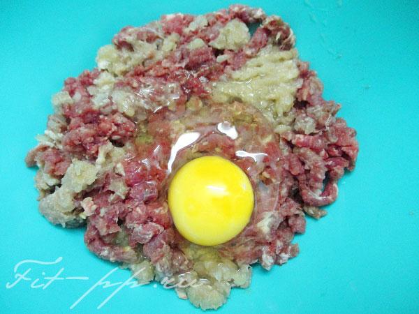 яйцо для говяжьих колбасок