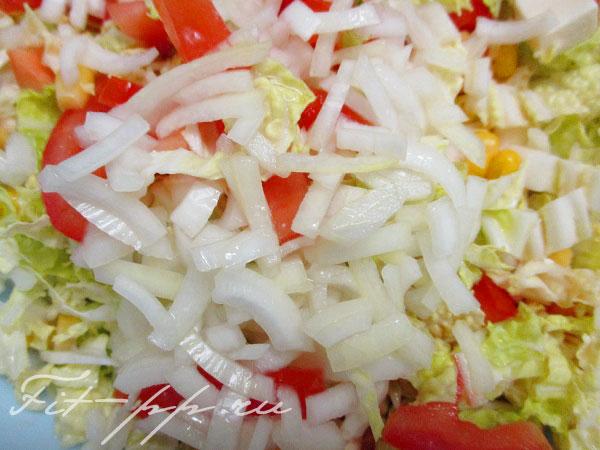 лук маринованый для салата с помидорами и сыром фета