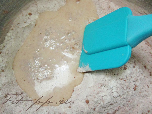 завариваем молочный крем для пп пирожных